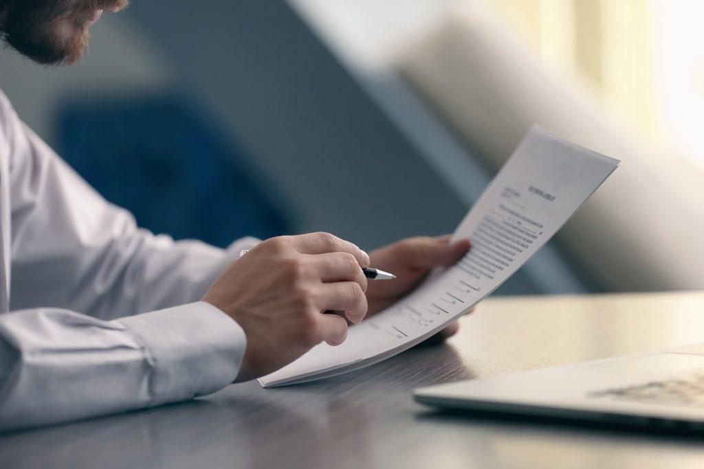 Businessman,Reading,Documents